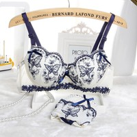 New 2015 Sexy Intimates Womens Bra Set Embroidery Lace Lingerie Ladies Push Up Padded Bra Underwear Lovely Women Bra Set