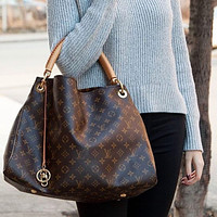 Louis Vuitton LV Artsy Women's Handbag Shoulder Bag