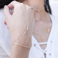 Ellie Hand chain 14k Gold Plated