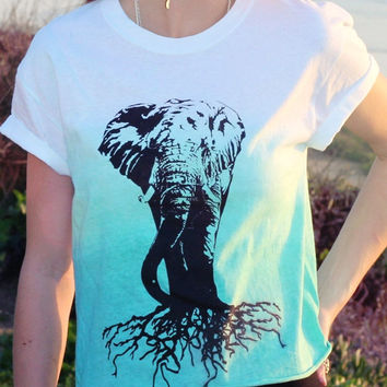 Elephant Trunk Wildlife Tee // Dip Dye Ombre Green Rolled Sleeve Boxy Top Tee Shirt  // Boho Clothing
