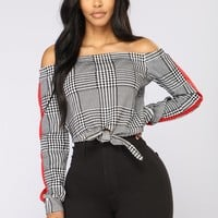 Elora Off The Shoulder Top - Black/White