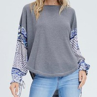 the way you move - waffle knit top with contrasting sleeves - charcoal grey
