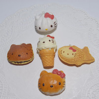 Squishy Hello Kitty Re-Ment Charm