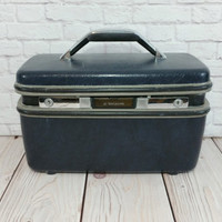 Vintage Navy Blue Samsonite Train Case Silhouette Cosmetics Case