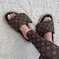 LOUIS VUITTON  LV Fashion casual shoes and slippers