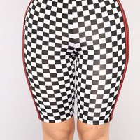 On Your Mark Biker Shorts - Black/White