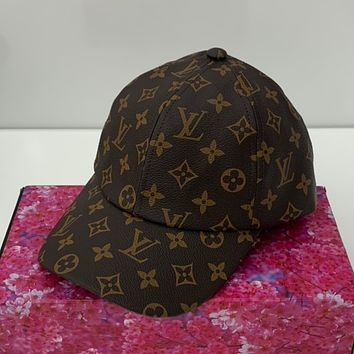 LV Embroidered duck tongue hat