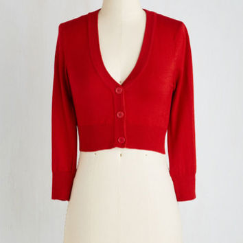 Pinup Short Length Long Sleeve The Dream of the Crop Cardigan in Red