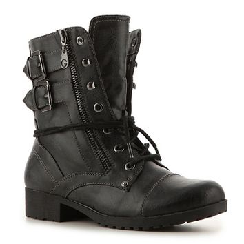 The G by Guess Bruzeis sure to be a cruise! This tough looking combat boot will add just the right amount of spunk and edge to your look.