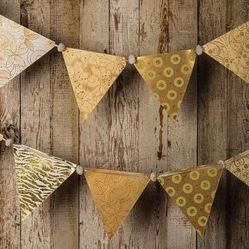 BLOWOUT Gold Paper Large Triangle Pennant Banner (9.5 Foot Long)