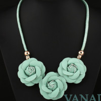 Rose Flower Chunky Collar Necklace
