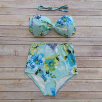 Cute Bow Bikini - Vintage Style High Waisted Pin-up Swimwear - Amazing Sky Blue Country Garden Floral Print