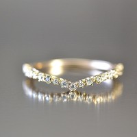 Thin Pave 'V' Ring by Kataoka