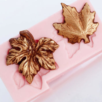 Silicone Mold Maple Leaf Mould - Flexible easy to use with Polymer Clay - PMC - Metal Clays - Resin  (702)
