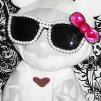 ON SALE - Deco - Sunglasses - Pearl and Bow - w/ Fabric Case OOAK