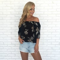 Free Fall Floral Embroider Blouse