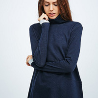 Vanessa Bruno Athé Baobab Rollneck in Navy - Urban Outfitters