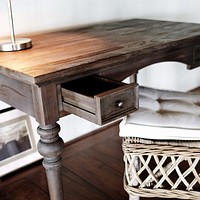 Hygge Writing desk Reclaimed dark stain + teak shield