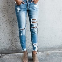 Worldwide Distressed Frayed Skinny