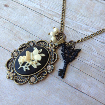 Butterfly Cameo Necklace, Butterfly Key Pearls Black and Cream