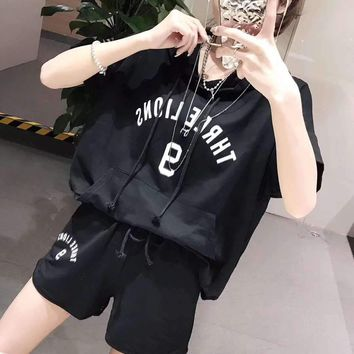 Woman's Leisure  Fashion Letter Printing  Loose  Hooded Short Sleeve Shorts Two-Piece Set Sportswear