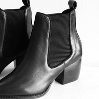 Dials Leather Boot