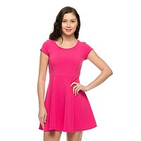 Sexy Round Neck Short Sleeve Pleated Skater Slim Flared Cocktail Mini Dress