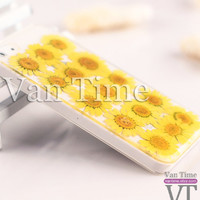 Pressed Flower case, Daisy sunflower, iPhone 5 case, iPhone 4 case, iPhone 4s case, iPhone 5s case iPhone 5c case Galaxy S4 S5 Note 3, 055