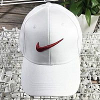 NIKE New fashion embroidery hook couple cap hat White