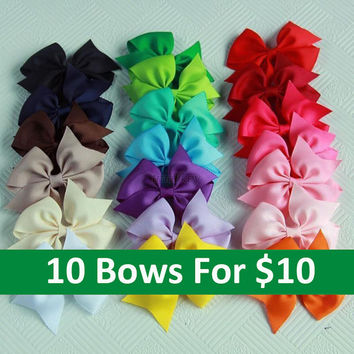 10 Hair bows/ 4 Inch/ 3.5 inch / 20 colors to choose/ handmade/ grosgrain ribbon/ with clip/ girl/ Toddler bow/ Set of 10