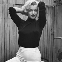 Actress Marilyn Monroe Playfully Elegant, at Home Premium Photographic Print by Alfred Eisenstaedt at eu.art.com