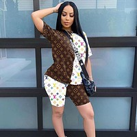 LV Louis Vuitton Summer short-sleeved shorts color matching letters printed sports women's suit