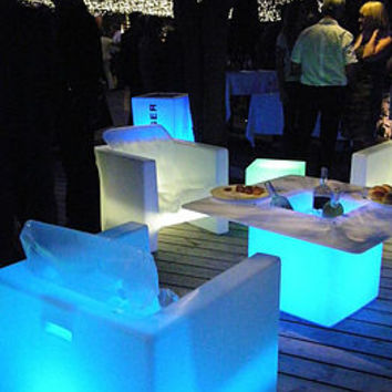 Illuminated Dining Table And Chair Set