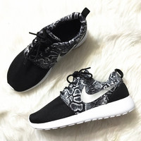 """NIKE"" Trending Fashion casual sports shoes Scale"