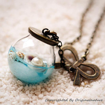 Nature Inspired Jewelry Real Ocean Series Necklace Pendant Graduation Gift (HM0186-BLUE)