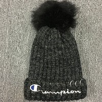 Champion 2018 new autumn and winter warm wool hat Light gray