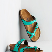 Iridescence of Wonder Sandal