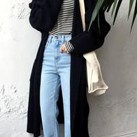 Minimalistic Oversized Long Knit Cardigan