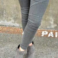 Set Me Free Jeggings - Charcoal