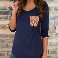Contrast Back Pocket Half Sleeve T-shirt