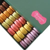 LeilaLove Macaron Collections - 25 pieces Macarons up to eight flavors - Collectible floral boxes