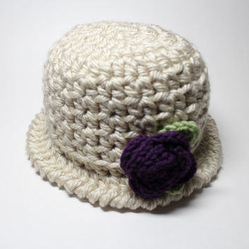 Beige Crochet Cloche, Women's Hat With Flower, 1920's Style Flapper Hat, Chunky Knit Beanie, Winter Accessory
