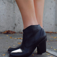 The Go To Bootie