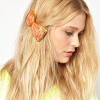Johnny Loves Rosie Vintage Lace Bow Hair Clip
