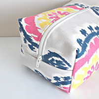 Ikat Makeup Bag  - Cosmetic Pouch -  Lunch Bag - Wet Bag -Waterproof Bag