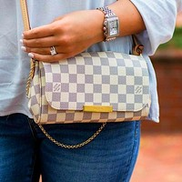 LV Bag Small Rectangle Louis Vuitton Chain Shoulder Bag Bag Trending Bag White Tartan