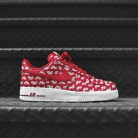 DCCK Nike Air Force 1 '07 QS - Red / White