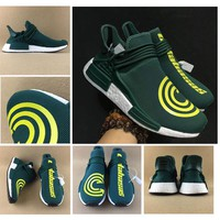 2017 Pharrell Williams NMD HUMAN RACE Men Running Shoes EOOOCX Green White REAL BOOST Classic Sport Trainers sneakers Size40-45 With Box