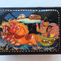 """Original Russian Palekh hand painted lacquer box """"Winter Troika"""" signed by artist item papier mache, egg tempera, lacquer box"""