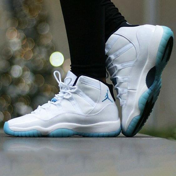 Image of Nike Air Jordan 11 Low Infrared patent leather fashion men's and women's high-top shoes casual sports basketball shoes